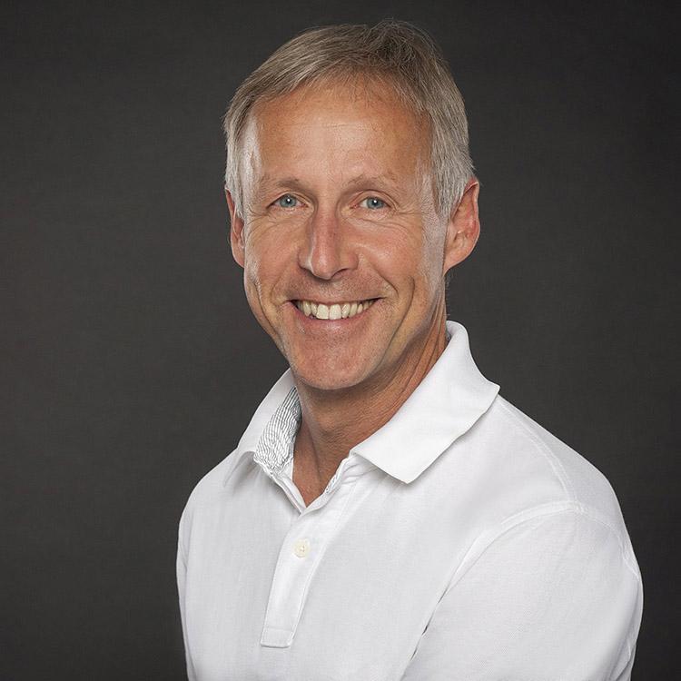 </p> <h3>Dr. med. Nils Vaupel</h3> <p>